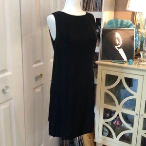 Dresses & Skirts - Vintage 1960s lil black dress